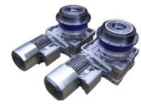 Sonderplanetengetriebe in Kombination mit Schneckengetriebe und Bremsmotor